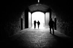 (fernando_gm) Tags: navarra pamplona blackandwhite bw blancoynegro contrast contraste contraluz people gente fujifilm fuji 1024mm xt1 street calle callejera travel trip traveling travelling shadow light tunel tunnel