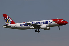 PR-MHB ZRH 29.04.2018 (Benjamin Schudel) Tags: lszh zrh kloten zurich international airport swiss switzerland airbus a320 prmhb edelweiss air tam latam hbjjk