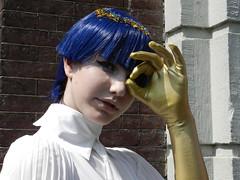 Golden elegance (JoséDay) Tags: cosplay anime cooljapan leiden thenetherlands japanfestival2018 golden blue elegance elegant sierlijk graceful