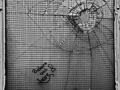 """""""Babara was here"""" (ReppiX) Tags: lost place blackandwhite window old canon bw alt fenster urbex 200d 1750mm"""