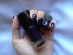 The Dark Knight (Catrice) (Daniela nailwear) Tags: thedarkknight catrice roxo cremoso esmaltes esmalteimportado mãofeita