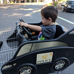 Car Shopping Cart (earthdog) Tags: 2018 googlepixel pixel androidapp moblog cameraphone car shoppingcart safeway instagram scooter sanjose willowglen