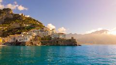 Amalfi (virginiefort) Tags: 2018 amalfi italia italie mediterranean tyrrhénienne campania coast falaise mer méditerranée sea town