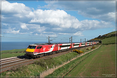The REAL East Coast Main Line (Resilient741) Tags: class 91 electric loco locomotive passenger train haul hauled vtec virgin trains east coast main line ecml scotland lamberton burnmouth 1s18 007 james bond skyfall film ocean north sea br british rail railway railways railroad