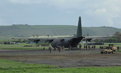 RAF C-130J Hercules deplaning soldiers (Thermaling Girl) Tags: c130 hercules raf aircraft aeroplane airplane military jointwarrior keevil 3para parachute regiment parachuteregiment army