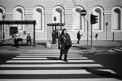 madonna (gato-gato-gato) Tags: 35mm asph iso400 ilford ls600 leica leicamp leicasummiluxm35mmf14 mp messsucher noritsu noritsuls600 schweiz strasse street streetphotographer streetphotography streettogs suisse summilux svizzera switzerland wetzlar zueri zuerich zurigo analog analogphotography aspherical believeinfilm black classic film filmisnotdead filmphotography flickr gatogatogato gatogatogatoch homedeveloped manual mechanicalperfection rangefinder streetphoto streetpic tobiasgaulkech white wwwgatogatogatoch genova liguria italien it manualfocus manuellerfokus manualmode schwarz weiss bw blanco negro monochrom monochrome blanc noir strase onthestreets mensch person human pedestrian fussgänger fusgänger passant