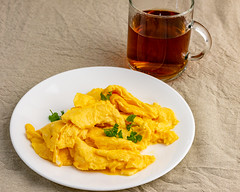 Saturday breakfast. Scrambled eggs. (garydlum) Tags: canberra belconnen scrambledeggs eggs australiancapitalterritory australia au