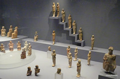 Aiani Museum, Votive Terracotta Figurines  (1).JPG (tobeytravels) Tags: macedon macedonia alexanderthegreat alexandrthe3rd votive gravegoods clay figurine