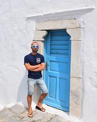 (alby83) Tags: mykonos grecia greece door porta vacanze hawkers hawaianas