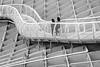 Pasos geométricos - Geometric steps (ricardocarmonafdez) Tags: sevilla metropol setas arquitectura architecture estructura structure streetphotography lineas lines curvas curves geometría geometry people light shadows monocromo monochrome blackandwhite bw bn 60d 1785isusm canon metalfootbridge