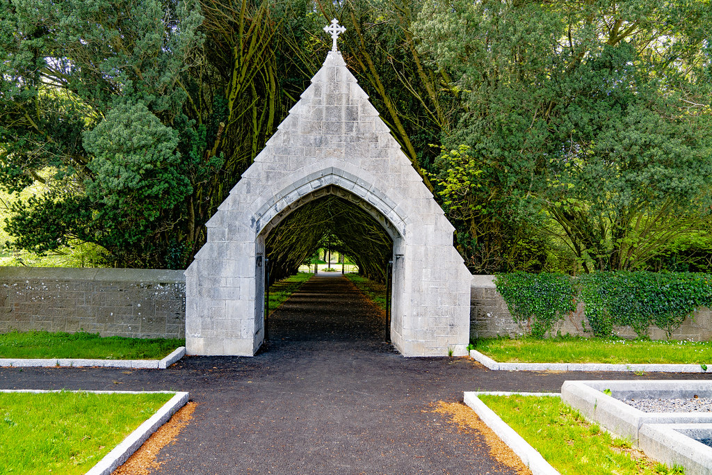 ST. PATRICK'S COLLEGE CEMETERY IN MAYNOOTH [SONY A7RIII IN FULL-FRAME MODE]-139554