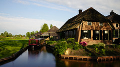 Giethoorn, Netherlands (Vintage Nexgrapher) Tags: giethoorn sony sonya7riii sony1635mmf28gm netherlands canal boat longexposurephotography