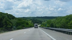 Interstate 44 Westbound Mile 159.2 West (Adventurer Dustin Holmes) Tags: pulaskicounty interstate i44 interstate44 rv motorhome west 1592 159 road highway freeway chateau