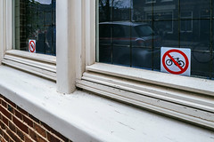 No Parking & Reflection (138/365) (Walimai.photo) Tags: bike bici parking no amsterdam holanda color colour window ventana reflejo reflection detail detalle netherlands lx5 lumix panasonic street calle