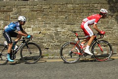 165  Maximilian Stedman and 107  Stéphane Rossetto (Steve Dawson.) Tags: tourdeyorkshire mens bike race roads tdy peloton uci 165 maximilianstedman 107 stéphanerossetto cofidis breakaway hill skipton yorkshire uk canoneos50d canon eos 50d ef28135mmf3556isusm ef28135mm f3556 is usm 6th may 2018