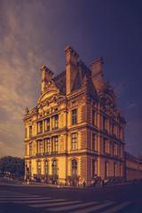 louvre (klepher) Tags: louvre paris goldenhour colors city town tr travel france picture photographer couleur