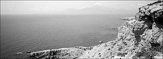küstengedöns (fluffisch) Tags: fluffisch crete kreta matala greece hasselblad xpan panorama 45mmf40 rangefinder messsucher analog film adox silvermax