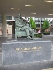 Sir Simon Milton (Deputy Mayor of London 2008-2011), Philip Jackson (Sculptor), Crown Square, One Tower Bridge, Southwark, London (f1jherbert) Tags: canonpowershotsx620hs canonpowershotsx620 canonpowershot sx620hs canonsx620 powershotsx620hs canon powershot sx620 hs powershotsx620 powershoths londonengland londongreatbritian londonunitedkingdom greatbritain unitedkingdom london england uk gb great britain united kingdom sculptures art sculptors sirsimonmiltondeputymayoroflondon20082011 philipjacksonsculptor crownsquare onetowerbridge southwark