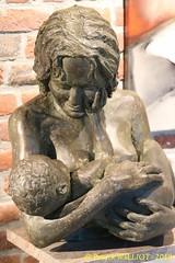 IMG_8119 (Patrick Williot) Tags: exposition vernissage ecuries sculpteur michal peintre genevieve nicolas