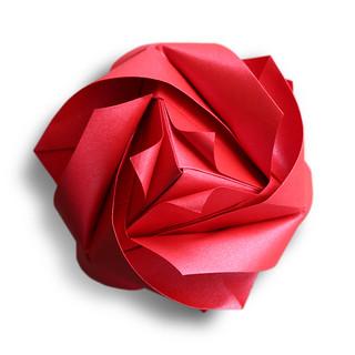 Royal Rose Cube (Maria Sinayskaya)