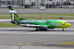 Alaska Airlines - Boeing 737-700 - N607AS - Portland Timbers - Portland International Airport (PDX) - June 3, 2015 3 448 RT CRP (TVL1970) Tags: nikon nikond90 d90 nikongp1 gp1 geotagged nikkor70300mmvr 70300mmvr aviation airplane aircraft airlines airliners portlandinternationalairport portlandinternational portlandairport portland pdx kpdx n607as alaskaairlines alaskaairgroup portlandtimbers speciallivery boeing boeing737 boeing737700 737 737ng b737 b737ng 737700 737700wl boeing737790 737790 737790wl aviationpartners winglets cfminternational cfmi cfm56 cfm567b24 thrustreverser thrustreversers