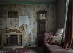 Abandoned house 14.4 (ducatidave60) Tags: fuji fujifilm fujixt1 fujinonxf23mmf14 abandoned decay dereliction urbandecay urbex