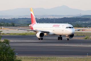 EC-HUH Iberia A321-200 Madrid Barajas
