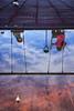 Un juego de reflejos (Pirata Larios) Tags: parque reflejo juego niña charco columpio cielo park game reflection water girl kid sky playing mirror espejo invertido
