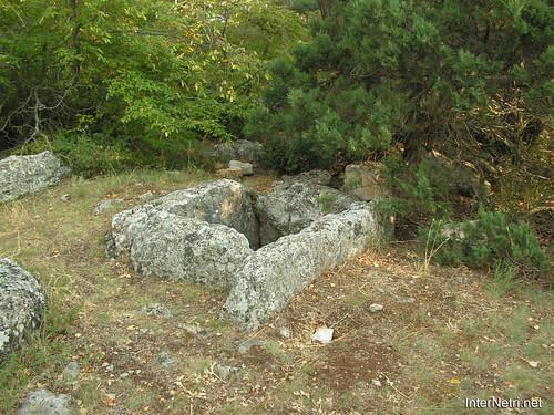 Крим, Таврські могильники на горі Кішка InterNetri Ukraine 2009 114