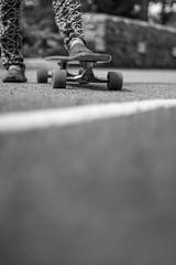 (pacosanchez8) Tags: skateboard longboard noiretblanc blackandwhite bw bokeh girl frenchgirl monochrome shooting wheels trucks
