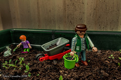 Garden (fabioffcarvalho) Tags: toys shooterspt felling olhoportugues tripeportugues bomresgito portugal aminhavisao portugalemclicks canon brinquedo toy photography miniaturas homemade brinquedos street mini céu lisboa lisbon nice flower flowers 1300d playmobil box new open scooter light lightroom edit fábio carvalho