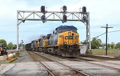 Running the Center (GLC 392) Tags: ge ac44cw cw44ac ac4400cw csx csxt pemberville signal signals oh ohio soon be gone yn2 empty coal train railroad railway 394 368 111 co