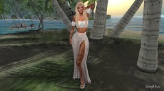 That summer feeling ☀️ (Zennyh Nox) Tags: summer feeling skirt top blueberry reign fabia beach palms maitreya secondlife catrine barbara lacie plats knotted maxi off shoulder code5