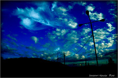 Two Colors of Clouds... (SHADOWY HEAVEN Aya) Tags: 08090470a0149 北海道 日本 ファインダー越しの私の世界 写真好きな人と繋がりたい 写真撮ってる人と繋がりたい 写真の奏でる私の世界 coregraphy japan hokkaido tokyocameraclub igers igersjp phosjapan picsjp 空 雲 outdoor landscape paysage cloud clouds sky blue