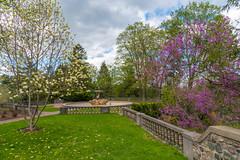 Cranbrook (Jon Ariel) Tags: cranbrook bloomfieldhills michigan mi garden gardens spring detroit