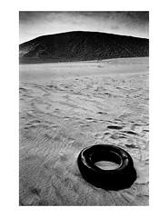 (Brendan   Toews) Tags: leica leicam7 m7 zeiss zeisszm28mmbiogon 28mm ilford ilfordhp5 bw blackandwhite film grain obx