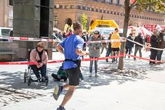 2018-05-13 11.12.57 (Atrapa tu foto) Tags: 2018 españa saragossa spain zaragoza aragon carrera city ciudad corredores gente maraton people race runners running es