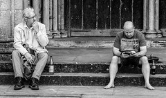 Opposites do not attract (phil anker) Tags: street mono salisbury