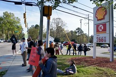 FLOC Raleigh Picket 4.13.2018 (National Farm Worker Ministry) Tags: floc farmlabororganizingcommittee nfwm nationalfarmworkerministry boycottvuse justiceforfarmworkers reynolds vapes vuseecigarettes reynoldsamericantobacco circlek couchetard