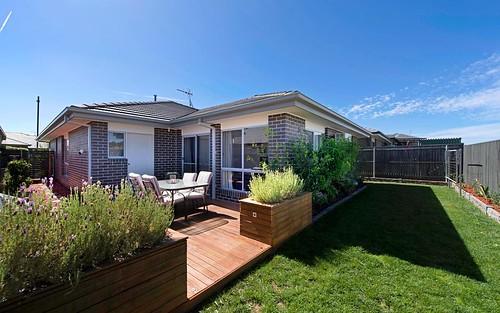 8 Hearne St, Googong NSW 2620