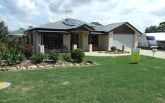 19 Vicky Avenue, Crows Nest QLD