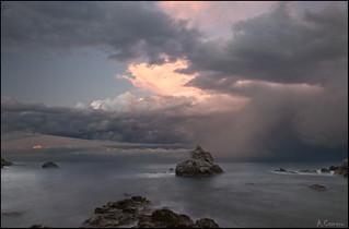 Bajo la tormenta.