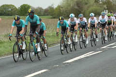 The peloton (Steve Dawson.) Tags: tourdeyorkshire mens cycle race bikes uci tdy peloton teams stage1 beverleytodoncaster portington yorkshire england uk canoneos50d canon eos 50d ef28135mmf3556isusm ef28135mm f3556 is usm 3rd may 2018