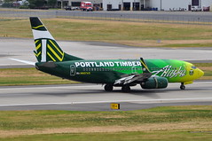 Alaska Airlines - Boeing 737-700 - N607AS - Portland Timbers - Portland International Airport (PDX) - June 3, 2015 3 457 RT CRP (TVL1970) Tags: nikon nikond90 d90 nikongp1 gp1 geotagged nikkor70300mmvr 70300mmvr aviation airplane aircraft airlines airliners portlandinternationalairport portlandinternational portlandairport portland pdx kpdx n607as alaskaairlines alaskaairgroup portlandtimbers speciallivery boeing boeing737 boeing737700 737 737ng b737 b737ng 737700 737700wl boeing737790 737790 737790wl aviationpartners winglets cfminternational cfmi cfm56 cfm567b24 thrustreverser thrustreversers