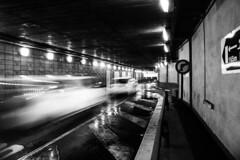 Punto de partida (Lea Ruiz Donoso) Tags: underground subterráneo aparcamiento parking vehiculos pan speed motion hx350 sony calle ciudad madrid urbana luces reflejos monocromo blancoynegro blackandwhite learuizdonoso learuizdonosophotography