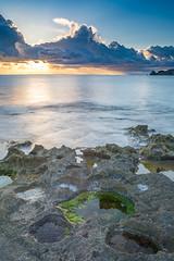 Amanecee desde Javea. (Jose Luis Fornes) Tags: mar paisaje roca agua javea playa amanecer sol nubes bahia cielo montaña costa