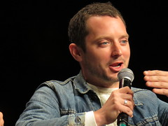 Elijah Wood panel April 29 (KiwiHugger) Tags: elijahwood lordoftherings calgarycomicexpo