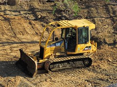 Caterpillar D5G XL Bulldozer (Proto-photos) Tags: bulldozer tracked crawler construction machinery heavyequipment caterpillar d5g xl dunbartownship wheeler pennsylvania fayettecounty dirt