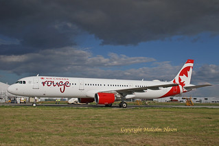 A321-211 C-FYXF AIR CANADA ROUGE