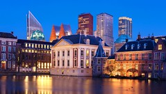 Mauritshuis and Binnenhof at Blue Hour - The Hague (BOC-Photography) Tags: mauritshuis binnenhof thehague netherlands holland bluehour architecture dutcharchitecture travel water longexposure